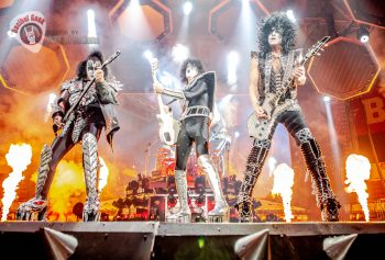 Kiss Peoria Civic Center